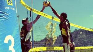 Niterói abre ano olímpico e recebe estrelas do vôlei de praia em Icaraí 28/ 01/ 2016