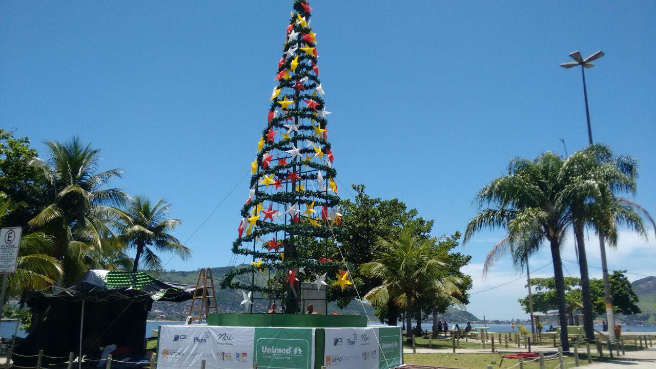 Nova árvore de Natal em Niterói