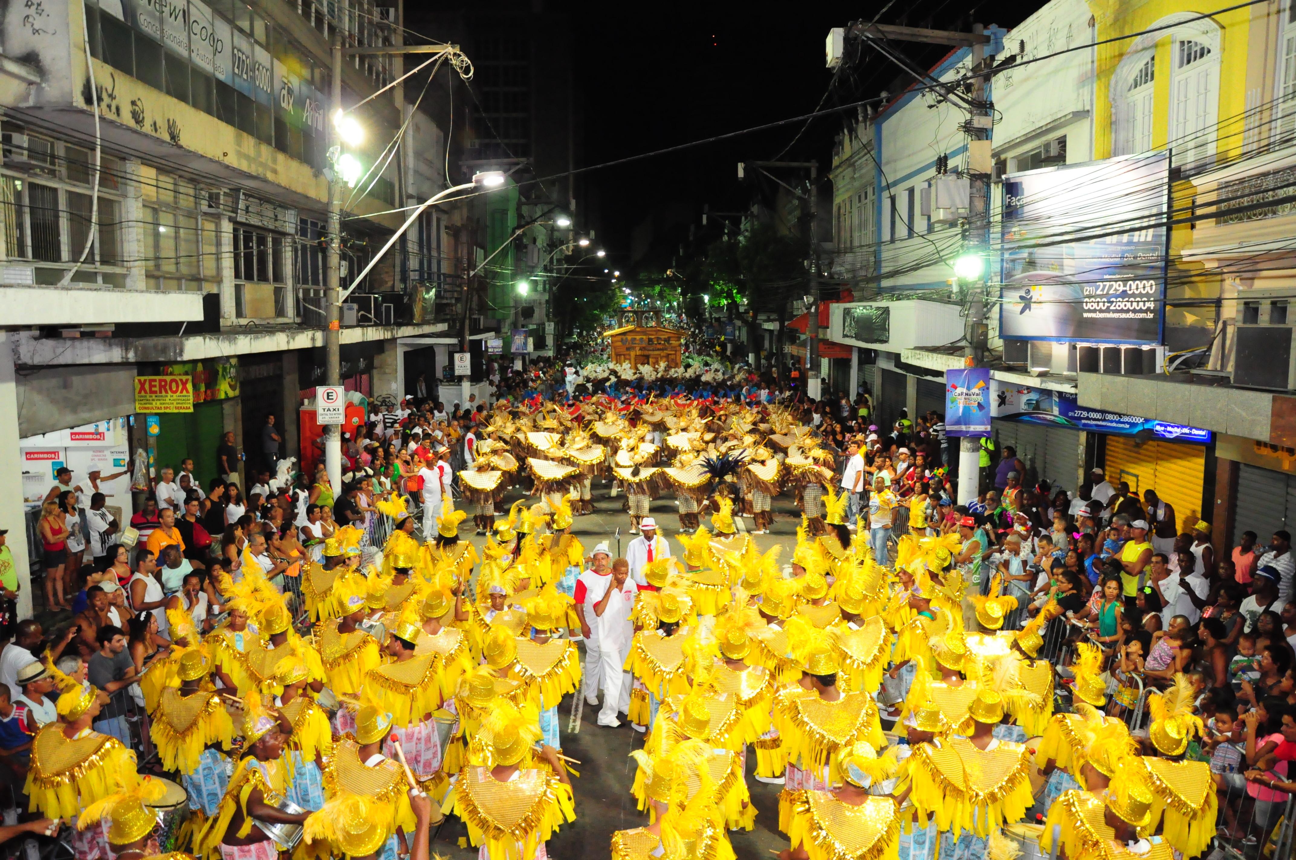29 agremiações passam pela Rua da Conceição na segunda e terça de carnaval