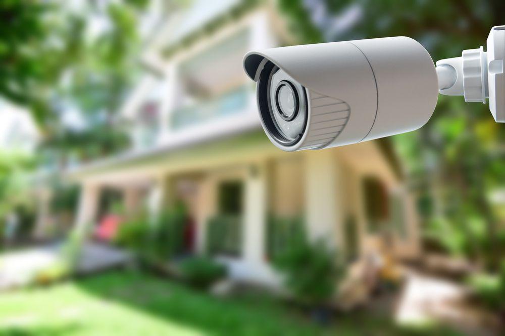 10 dicas para proteger sua casa enquanto você viaja