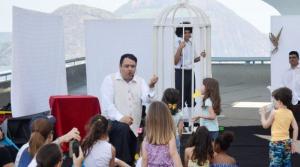 Teatro gratuito para toda família no MAC Niterói