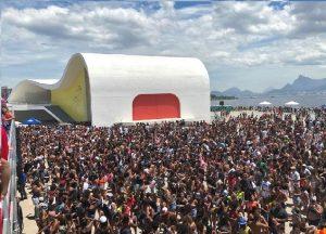 Banda do Ingá, Bloquete, Dominó, Bloco A Favorita e Sargento Pimenta em Niterói