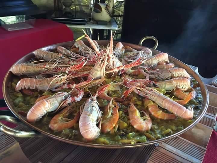 Tradicional Paella da Chácara