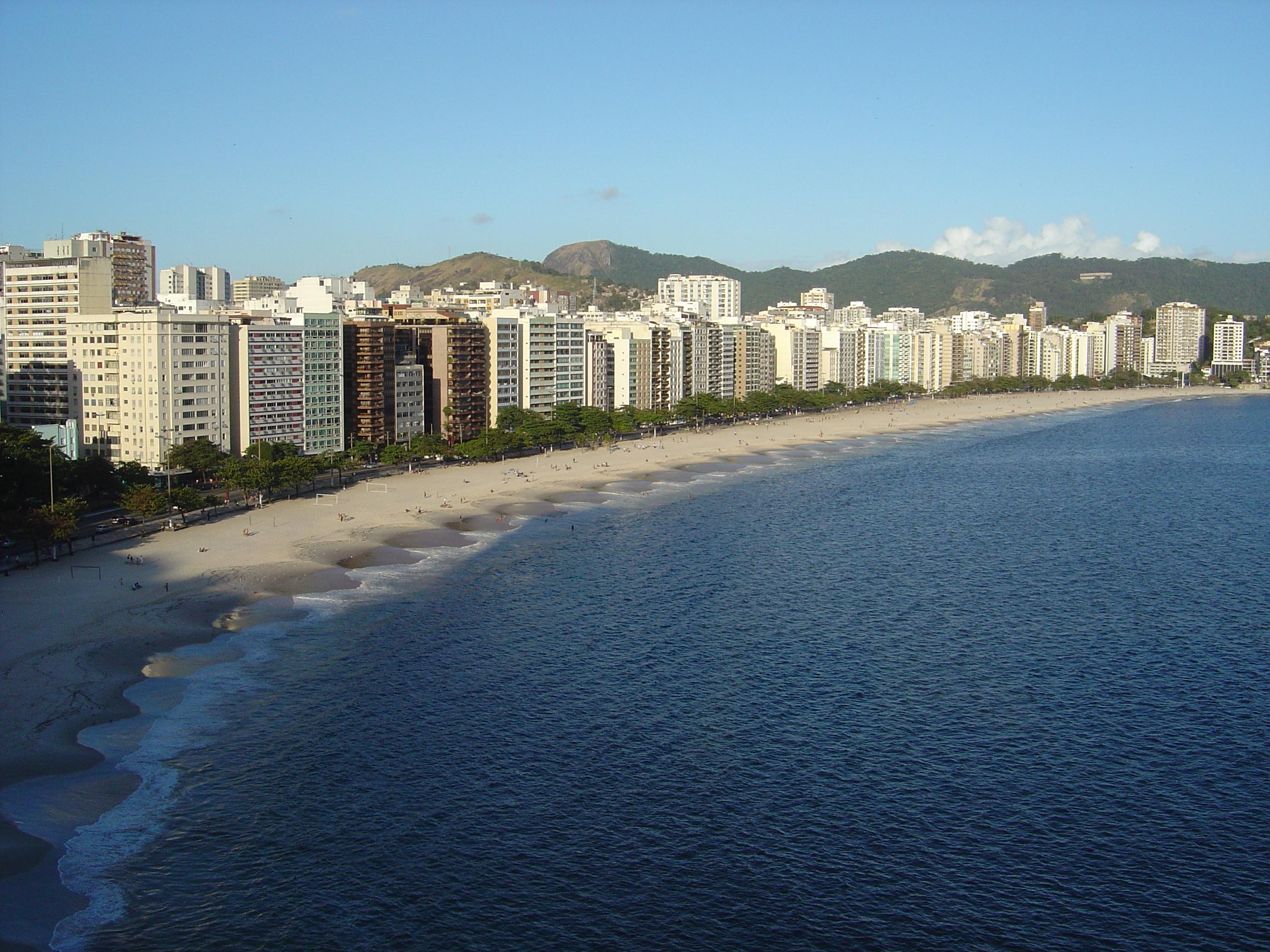 Feirão do Aluguel em Niterói atrai proprietários e interessados em alugar