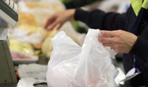 Sacolas gratuitas nos mercados do Rio só até 15 de Janeiro