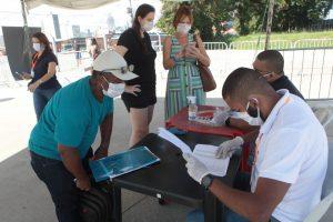 Niterói recebe cadastros de mais de 3 mil trabalhadores no programa Empresa Cidadã