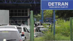 Detran RJ prorroga prazos de licenciamento anual de veículos