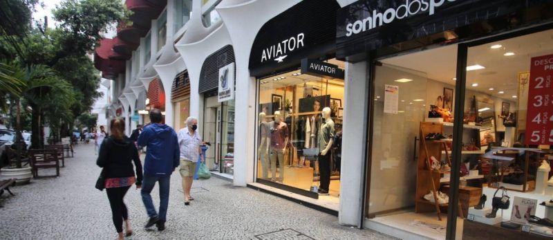 Niterói amplia horário de funcionamento do comércio de rua a partir de segunda