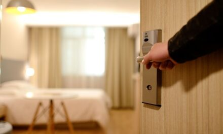 Arrendamento de hotéis para abrigo em Niterói continua por seis meses